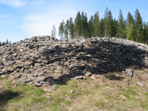 Pronssikautinen hautaröykkiö Harjavallan Kuumoonmäellä